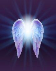 Unterstützung erfahren durch Engel und Christusenergie  Foto: ©  Nikki Zalewski @ shutterstock
