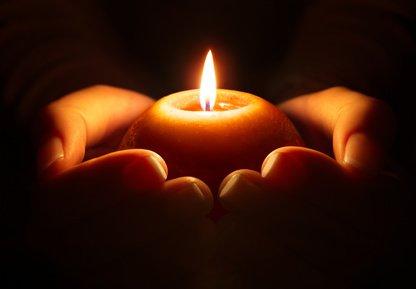 Wünsche, Kerzen, Rituale, Engelchen, Schutzenegel Foto: ©  Romolo Tavani @ Fotolia