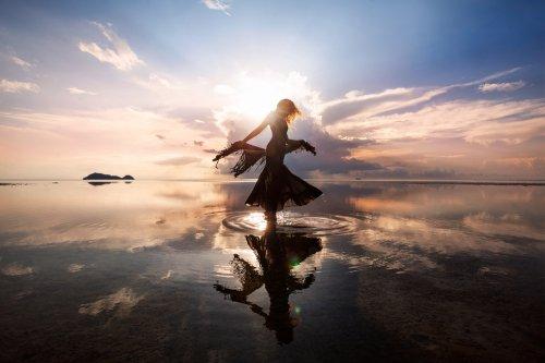Geistheiler, Energie, universelle Energie, Körper, Geist, Seele Foto: ©  Zolotarevs @ shutterstock