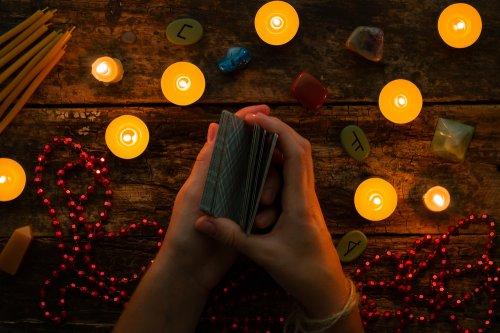 Kartenlegen,Spiegel der Seele,Unterstützung Foto: ©  itakdalee @ shutterstock