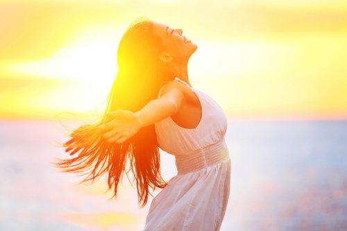 YOGESWARI Reiki Meridian Massage, Mantras, Energie Foto: ©  Maridav @ shutterstock