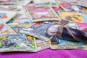 Tarotkarten legen lernen Foto: ©  I.Ivan @ Fotolia