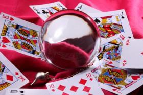 Skatkarten legen und deuten,Kartenlegen lernen Foto: ©  Claude Calcagno @ Fotolia