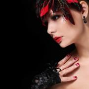 Sexy Hexen - Dara, gefangen in Ihrer kleinen Welt Foto: ©  Guzel Studio @ Fotolia
