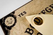 Ouija-Brett - Lass die Geister sprechen  Foto: ©  nutech21 @ Fotolia