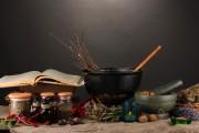 Hexen - Märchen oder Wahrheit?  Foto: ©  Africa Studio @ Fotolia