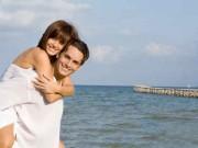 Heisser Flirt im Urlaub - Das Aus für die Partnerschaft?  Foto: ©  godfer @ Fotolia