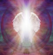 Engel, Engelmedium und Engel Tarot - himmlische Botschaften  Foto: ©  Nikki Zalewski @ shutterstock