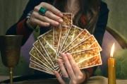 Häufige Fragen rund ums Kartenlegen   Foto: ©  n defender @ shutterstock