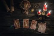 Crowley Tarot - Die Konstellation der Hohepriesterin   Foto: ©  n defender @ shutterstock