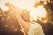 Wie kann ich wirklich glücklich sein - Eine Definition von Glück  Foto: ©  Mladen Zivkovic @ shutterstock