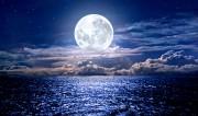 Die Kraft des Mondes  Foto: ©  Alexandr Belous @ shutterstock